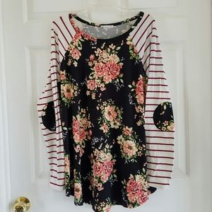 Reborn J./ floral print top with elbow patches